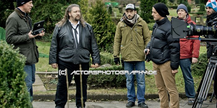 making_of_king_ping_sierk_radzei_christoph_maria_herbst (1)